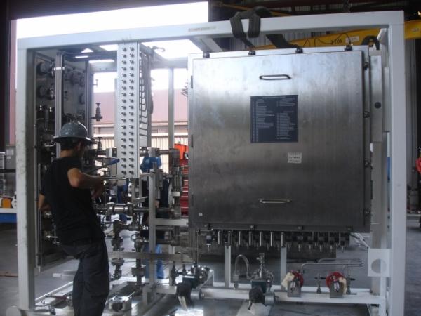 Subsea Controls Diverter Unit