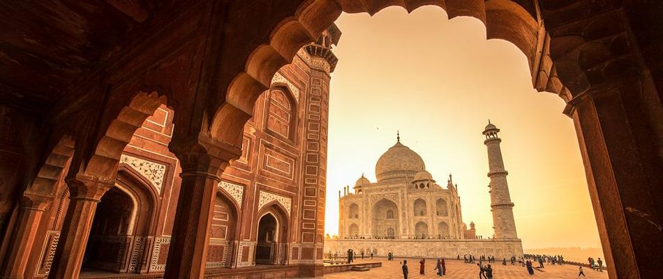 Taj Mahal Tours from Delhi