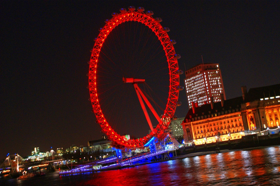 London at Night - London Eye 1